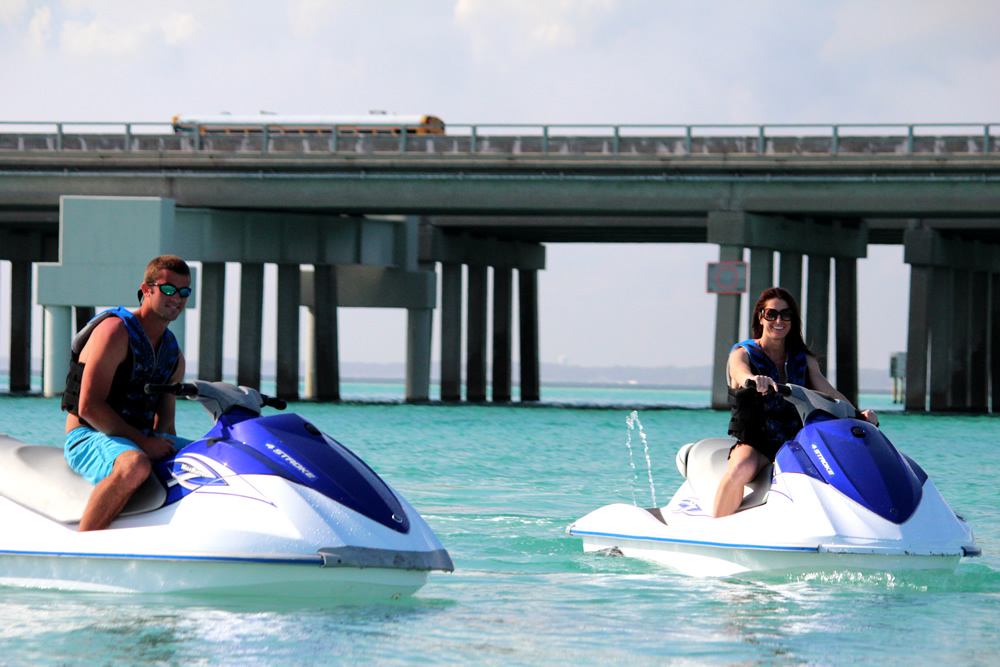 Destin Waverunner/Jet Ski Rentals with La Dolce Vita on The Harbor near our vacation rentals