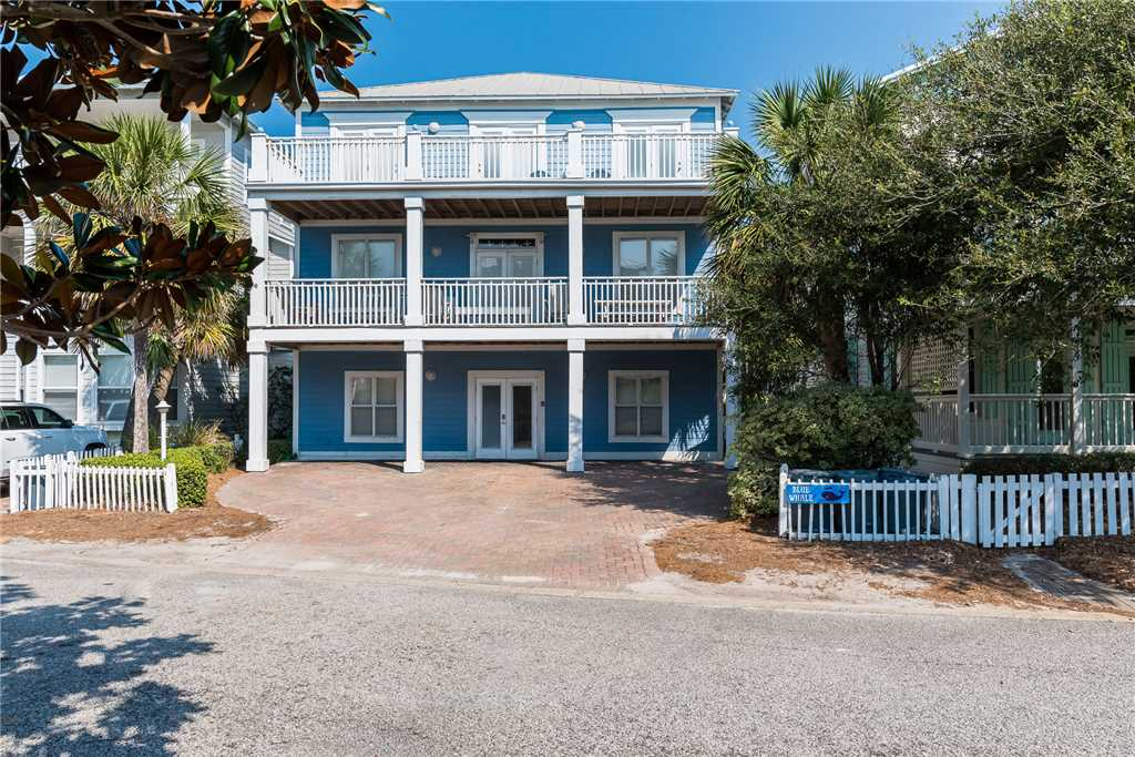 Find rental homes in Sunrise Beach - This 3 story beach rental has lots of charm and a pool.