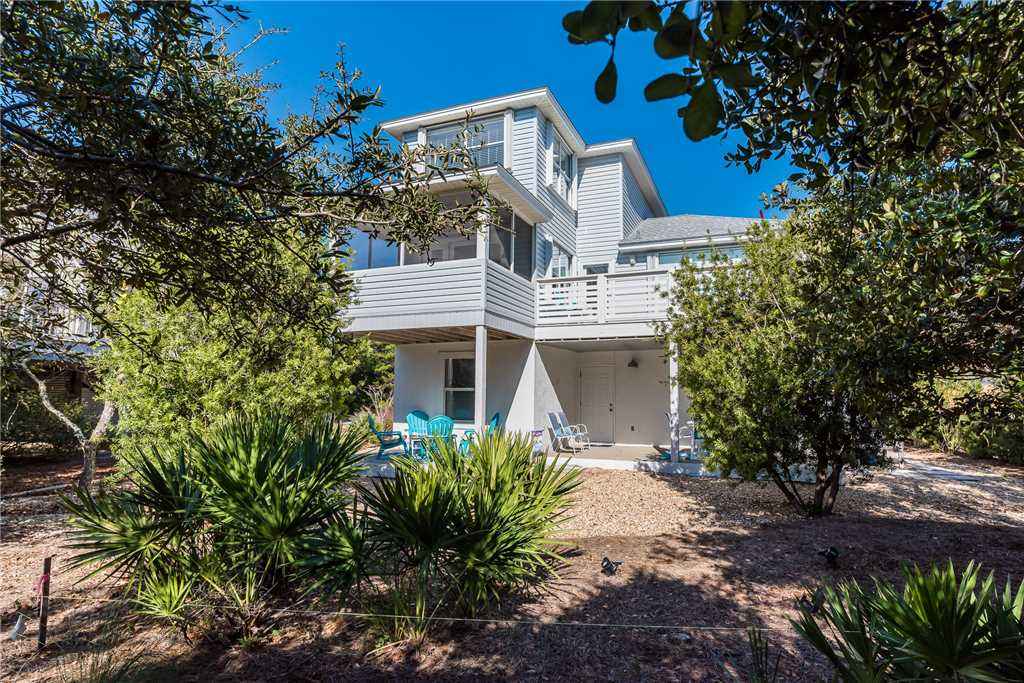 Find luxury vacation rentals in 30A Florida for large groups/families. This rental can accommodate up to 18 people and is right down the street from the beach..